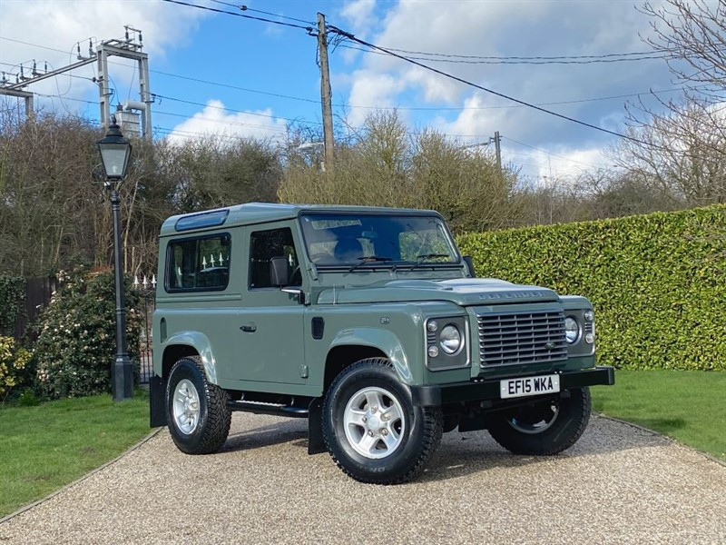 used Land Rover Defender 90 2.2 TDCI XS STATION WAGON RARE KESWICK GREEN XS! 1 OWNER! in chelmsford-essex