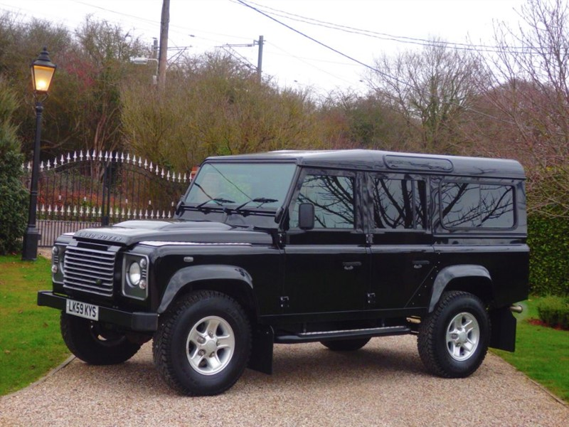 used Land Rover Defender 110 2.4 TDCI XS STATION WAGON NICE CLEAN EXAMPLE in chelmsford-essex