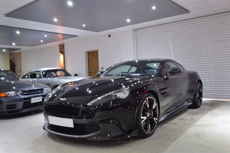 used Aston Martin Vanquish V12 S in worcestershire