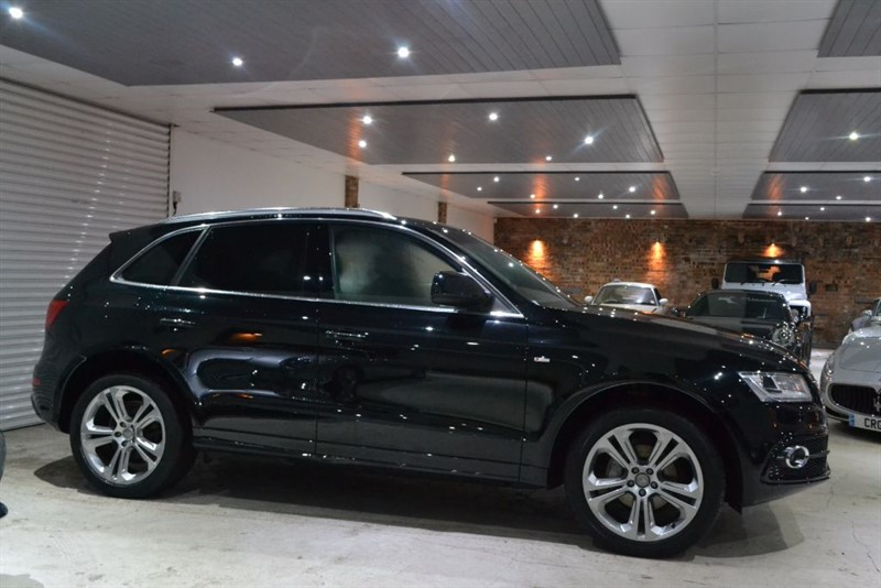 used Audi Q5 TDI QUATTRO S LINE PLUS in worcestershire