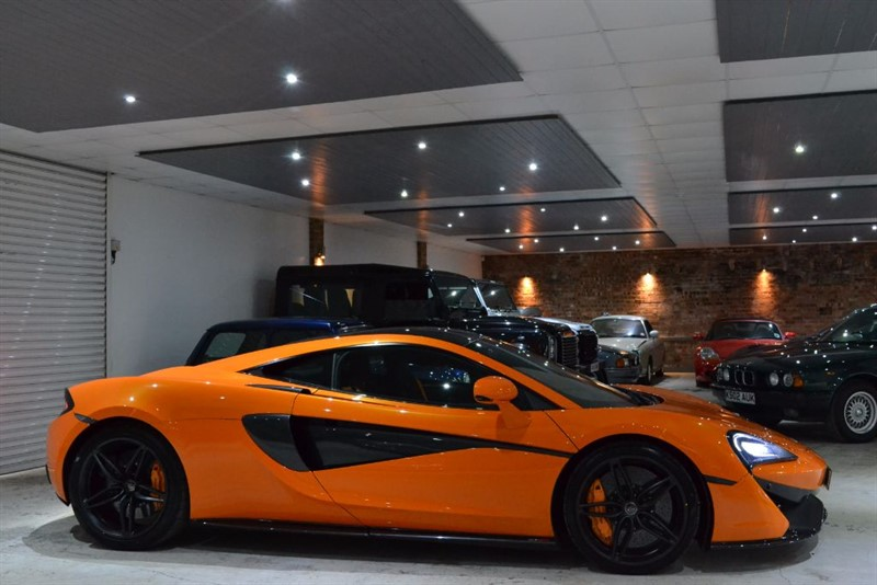 used Mclaren 570s V8 SSG in worcestershire