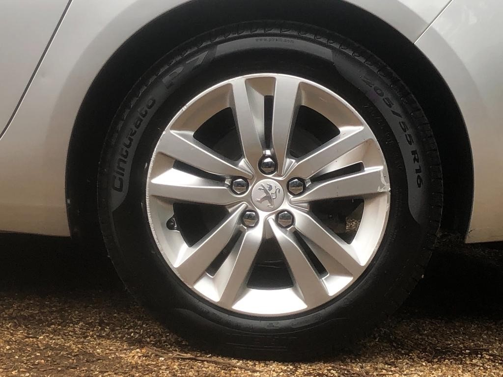 Used Silver Peugeot 308 for Sale | Dorset
