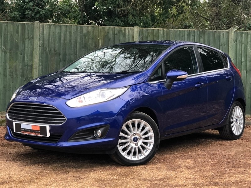 used Ford Fiesta EcoBoost Titanium (s/s) 5dr in in-dorset