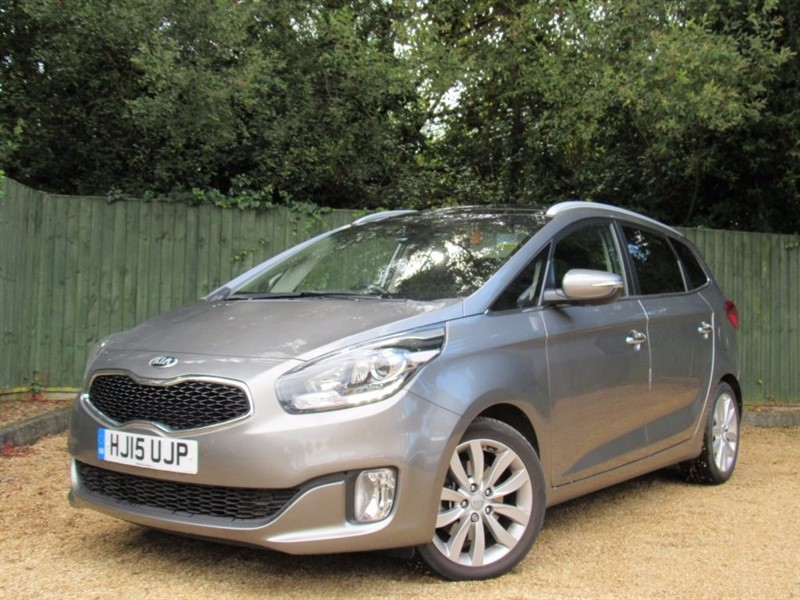 used Kia Carens CRDi 3 5dr (ISG) in in-dorset