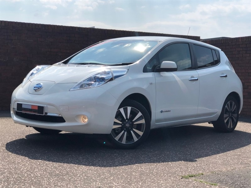 used Nissan Leaf E (24kWh) Tekna 5dr in in-dorset