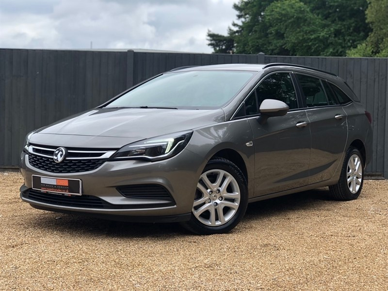 used Vauxhall Astra CDTi Tech Line Sport Tourer 5dr in in-dorset