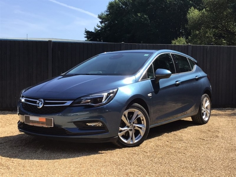 used Vauxhall Astra CDTi BlueInjection SRi Nav (s/s) 5dr in in-dorset