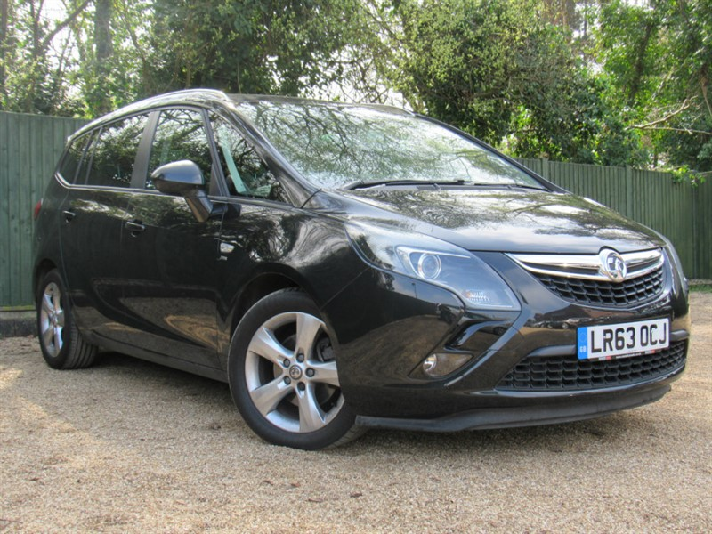used Vauxhall Zafira Tourer CDTi ecoFLEX 16v SRi 5dr (start/stop) in in-dorset