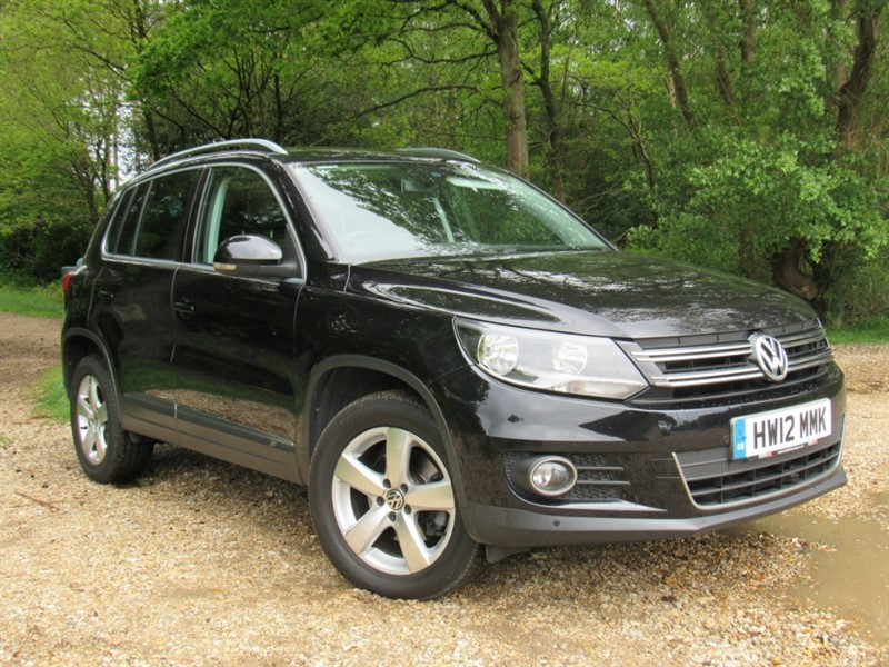 used VW Tiguan TDI BlueMotion Tech SE Station Wagon 4WD 5dr (start/stop) in in-dorset