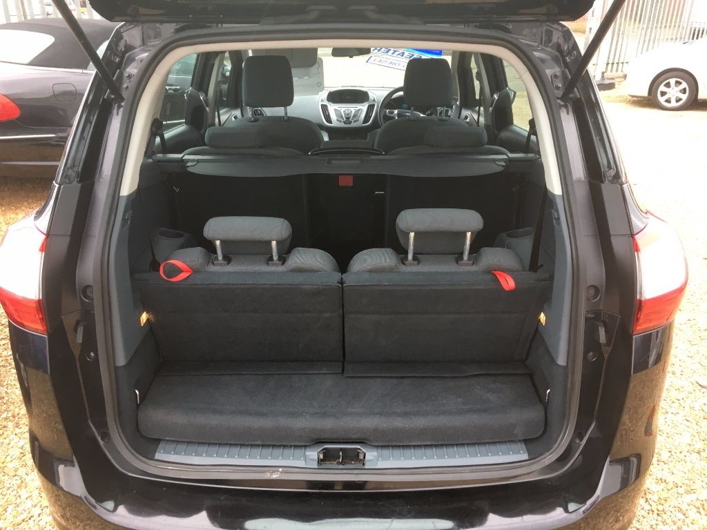 used black ford grand c max for sale cambridgeshire. Black Bedroom Furniture Sets. Home Design Ideas