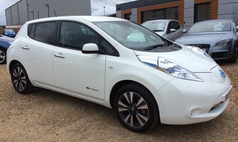 used Nissan Leaf TEKNA in cambridgeshire