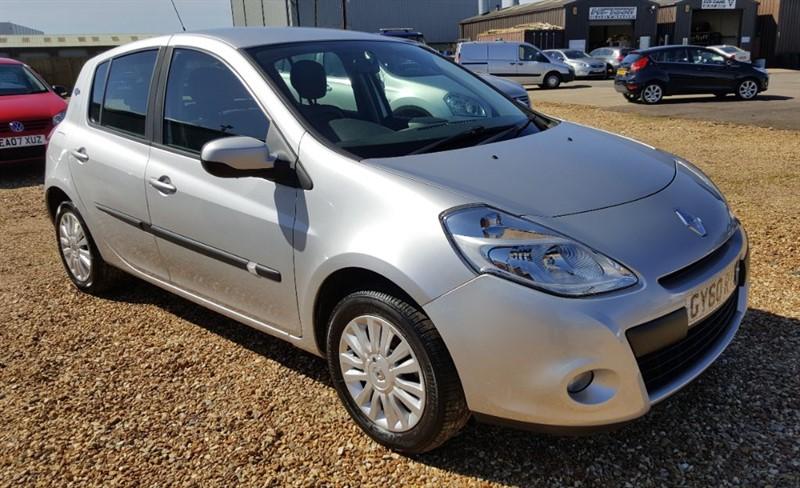 used Renault Clio I-MUSIC 16V in cambridgeshire