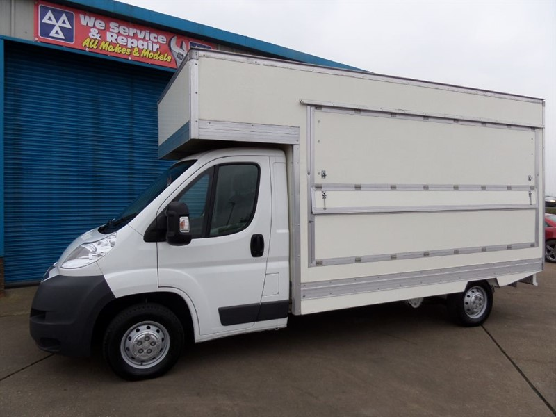 used Citroen Relay 35 L3 HDI LWB Catering Van in lincolnshire