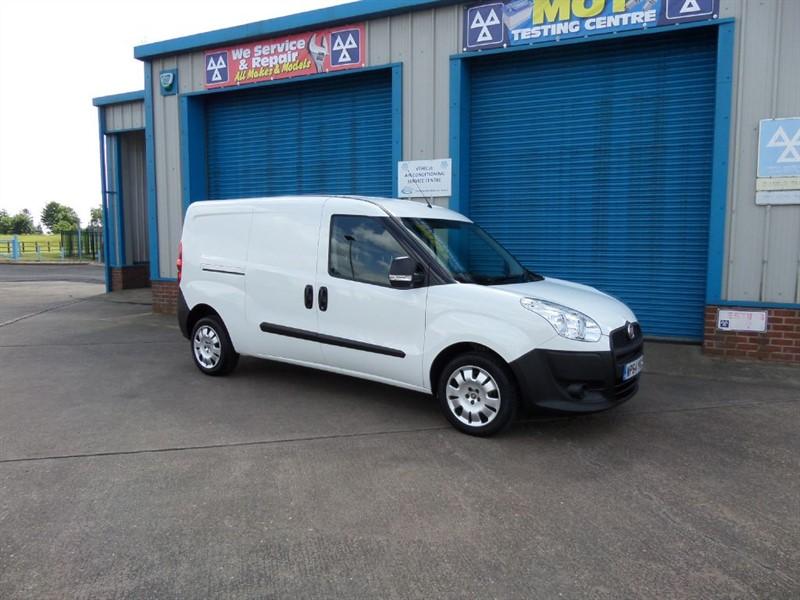 used Fiat Doblo Cargo Maxi 1.6D 105ps 5 Seat Crew Van NO VAT in lincolnshire