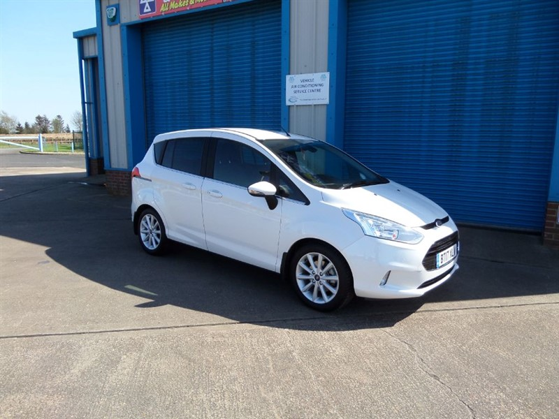 used Ford B-Max 1.0 125ps TITANIUM NAVIGATOR in lincolnshire