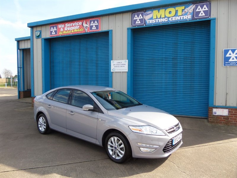 used Ford Mondeo 1.6T Ecoboost 160ps ZETEC 5dr in lincolnshire