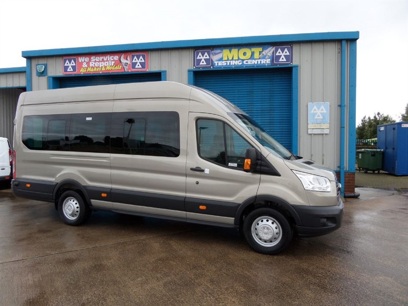 used Ford Transit PREMIER SERIES 410 L4 MINIBUS 155PS ENGINE in lincolnshire