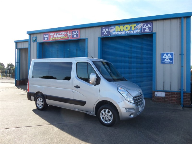 used Renault Master SL28 SPORT DCI L/R Wheelchair Lift Vehicle in lincolnshire