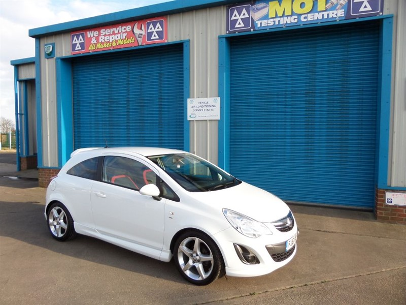 used Vauxhall Corsa 1.4 SRI 5dr Sat Nav in lincolnshire