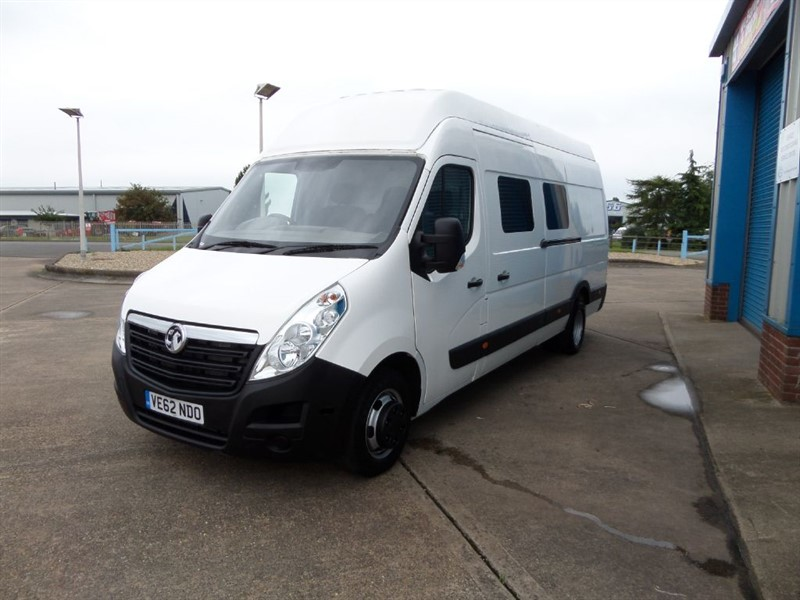 used Vauxhall Movano R4500 L4H3 CDTI 125ps Crewvan / Panel Van in lincolnshire