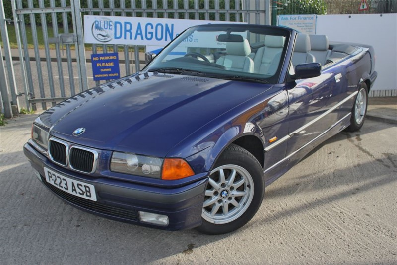 used BMW 328i Fast becoming a classic E36 in essex