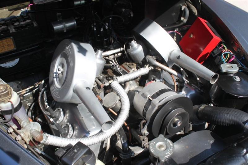 used Daimler V8 250 2.5 in essex