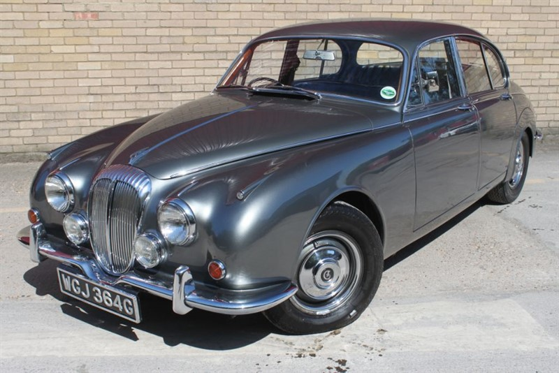 used Daimler V8 250 2.5 iconic classic jaguar mk2 Daimler coach built in essex