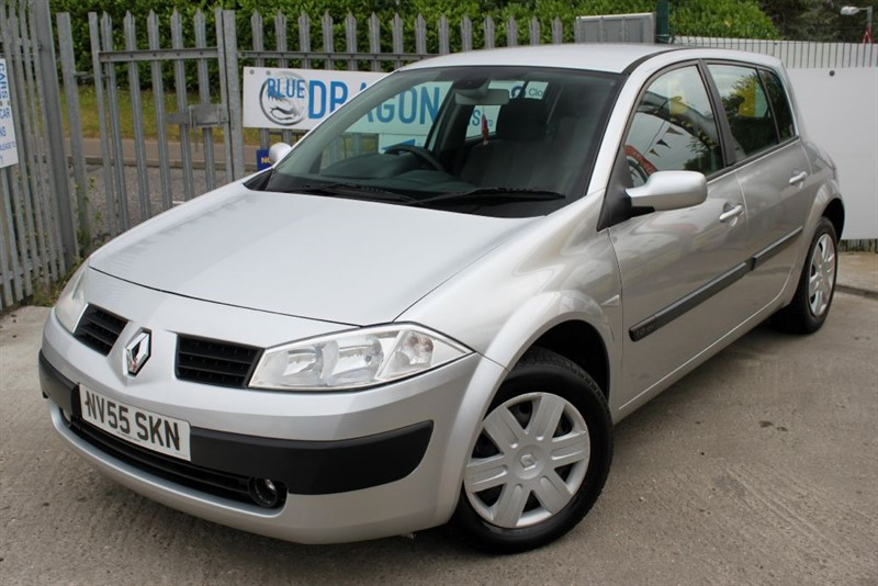 used Renault Megane EXPRESSION VVT in essex