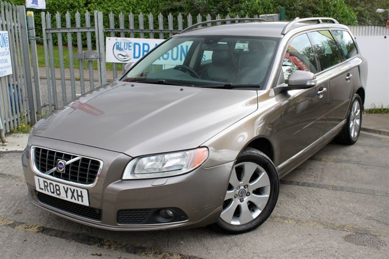 used Volvo V70 D5 SE Diesel Estate Automatic Leather  in essex