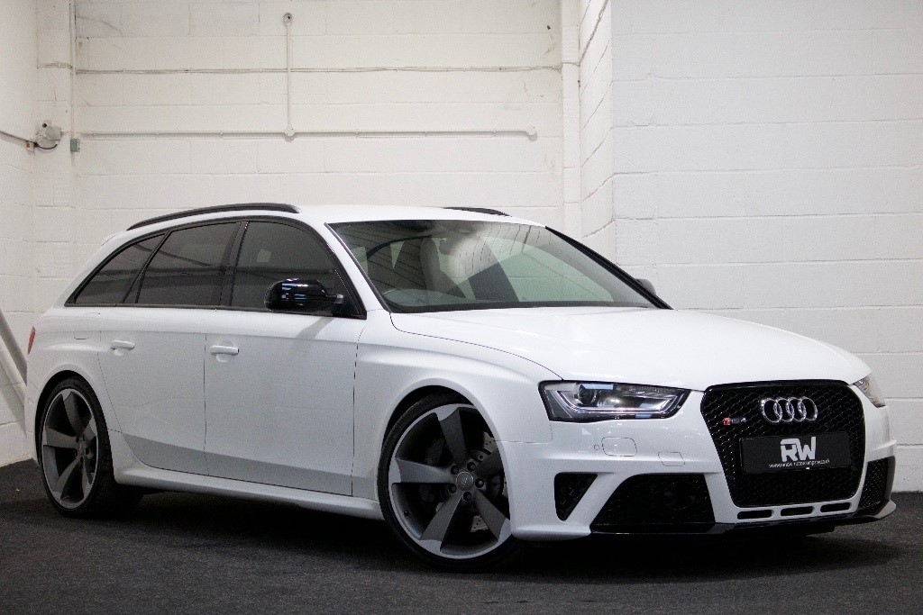 Used White Audi RS Avant For Sale Berkshire - Audi rs4