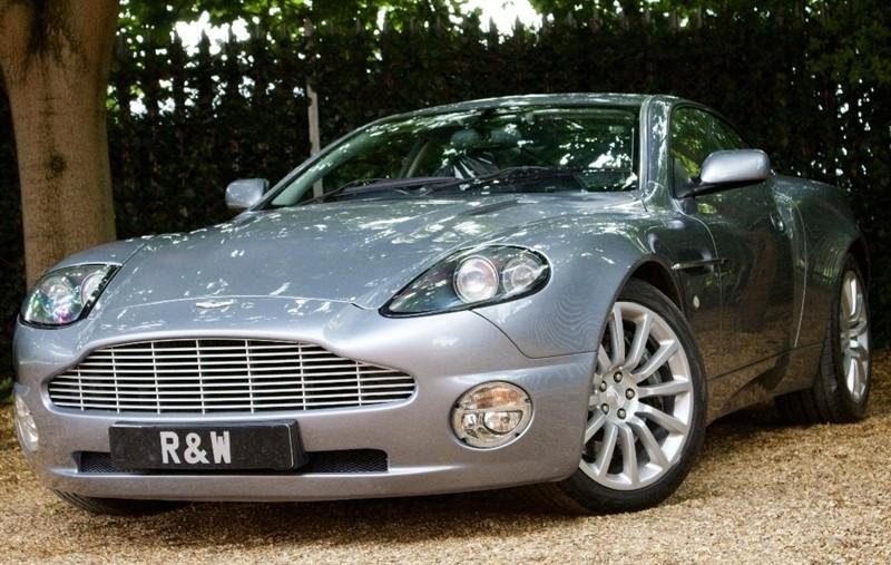 used Aston Martin Vanquish 2dr in berkshire