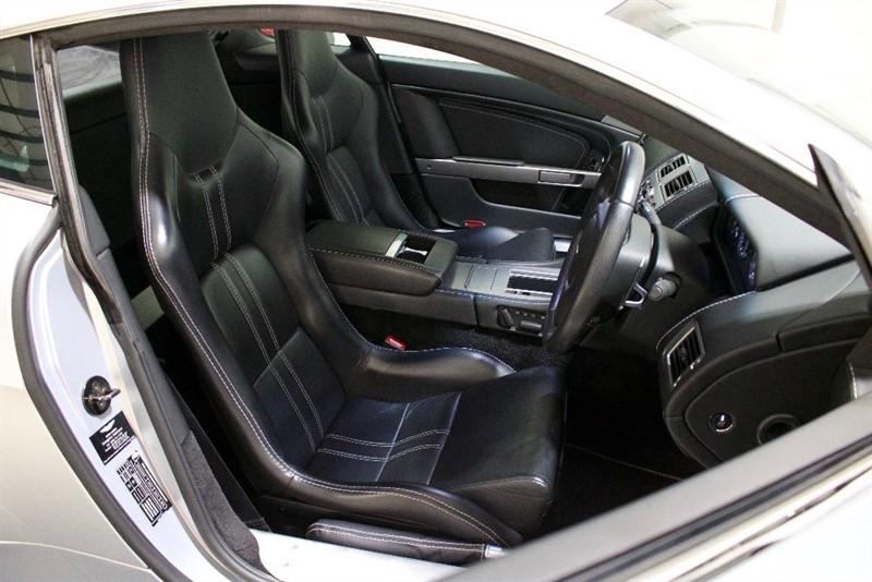 used Aston Martin Vantage 4.7 V8 Coupe Sportshift 2dr in berkshire