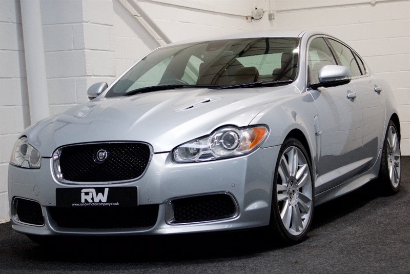 used Jaguar XF Supercharged V8 XFR 4dr in berkshire