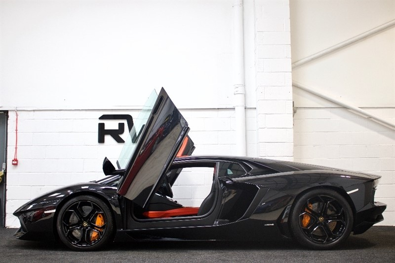 used Lamborghini Aventador V12 LP 700-4 4WD 2dr in berkshire