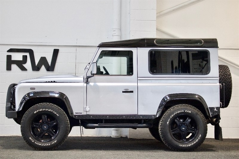used Land Rover Defender 90 2.2 TD X Tech Hard Top 3dr in berkshire