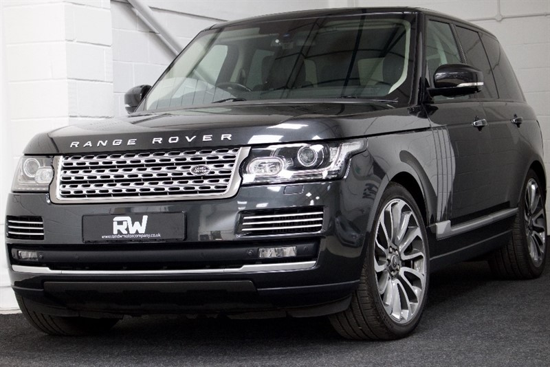 used Land Rover Range Rover SD V8 Autobiography 4x4 5dr in berkshire