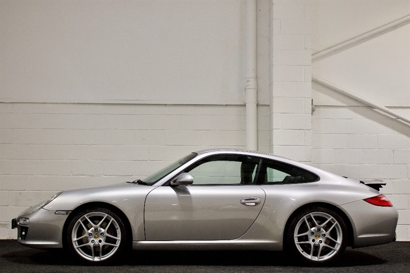 used Porsche 911 997 Carrera PDK 2dr in berkshire