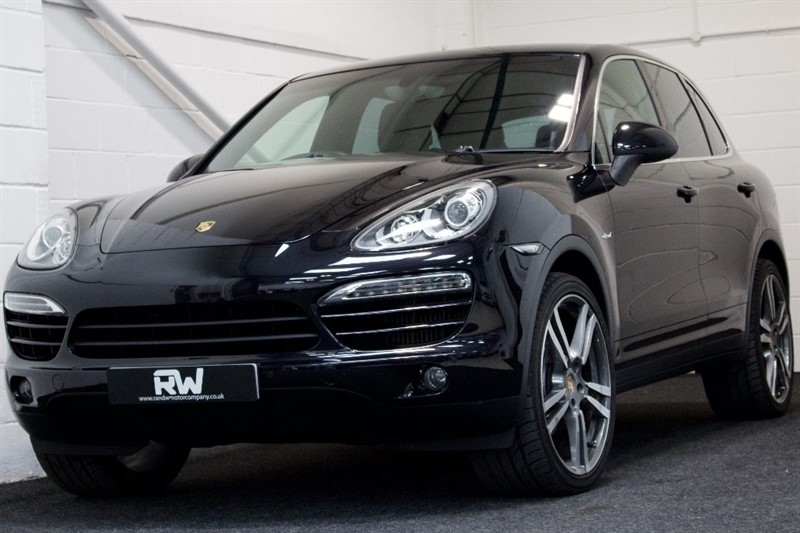 used Porsche Cayenne TD Tiptronic S AWD 5dr in berkshire