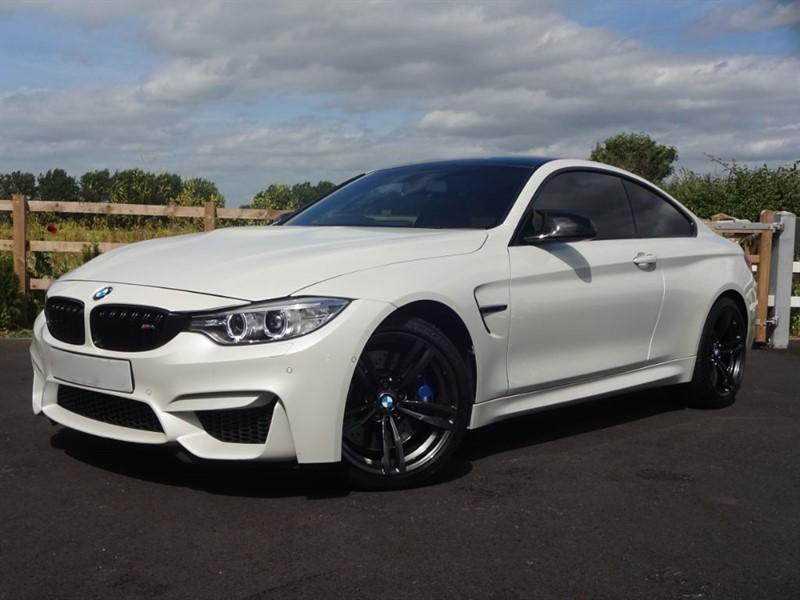 used BMW M4 3.0 DCT in stapleford-tawney-essex