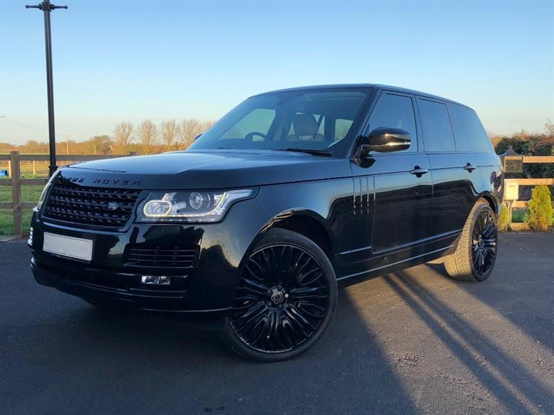 used Land Rover Range Rover VOGUE in stapleford-tawney-essex