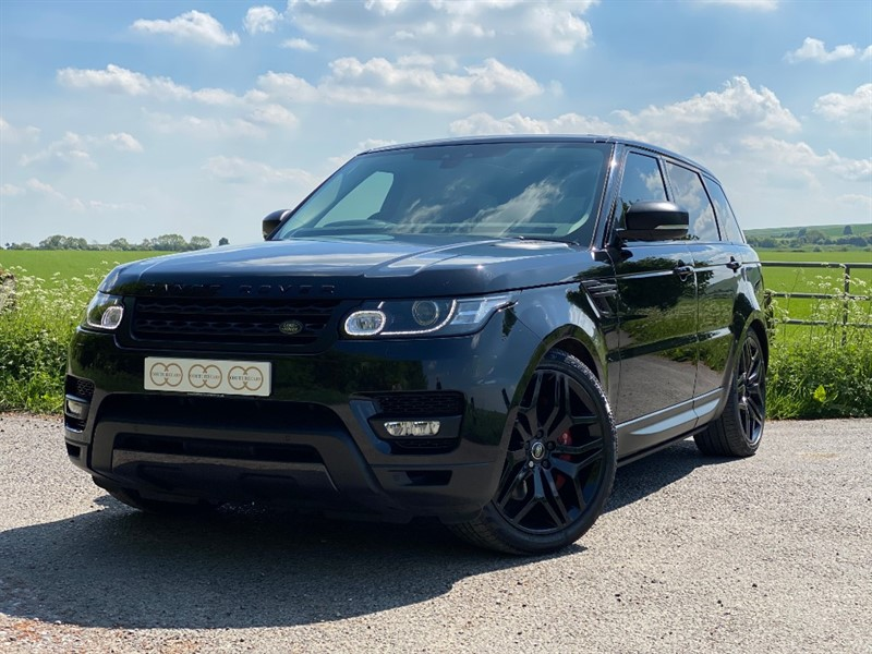 used Land Rover Range Rover Sport SDV6 HSE DYNAMIC in stapleford-tawney-essex