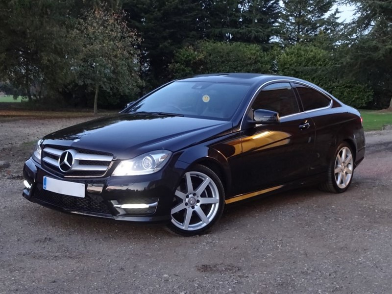 used Mercedes C220 CDI BLUEEFFICIENCY AMG SPORT in stapleford-tawney-essex