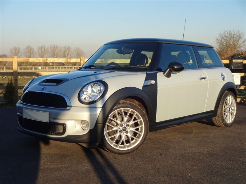used MINI Hatch COOPER S in stapleford-tawney-essex