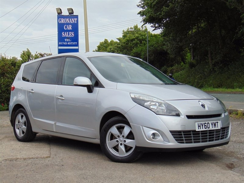 used Renault Grand Scenic DYNAMIQUE TOMTOM DCI in Flintshire