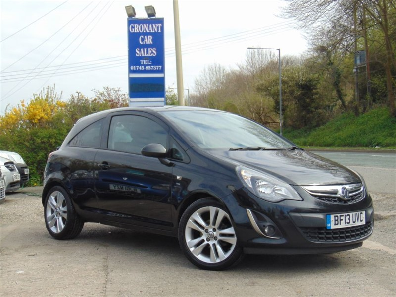 used Vauxhall Corsa SXI A/C in Flintshire