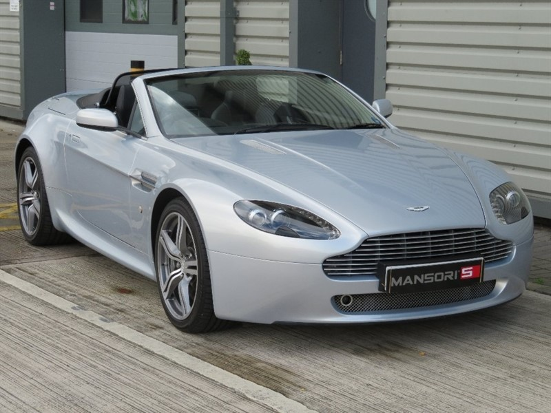 used Aston Martin Vantage V8 Roadster 2dr in cheshire