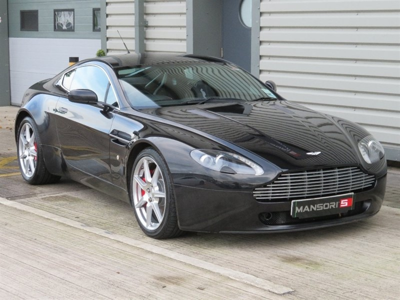 used Aston Martin Vantage V8 2dr in cheshire