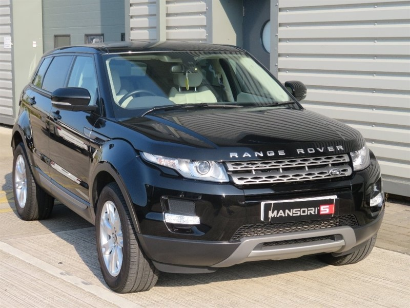 used Land Rover Range Rover Evoque SD4 Pure 4x4 5dr in cheshire