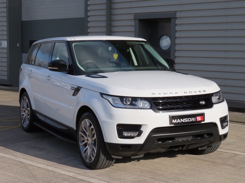 used Land Rover Range Rover Sport SD V6 HSE Dynamic Station Wagon 4x4 5dr (start/stop) in cheshire