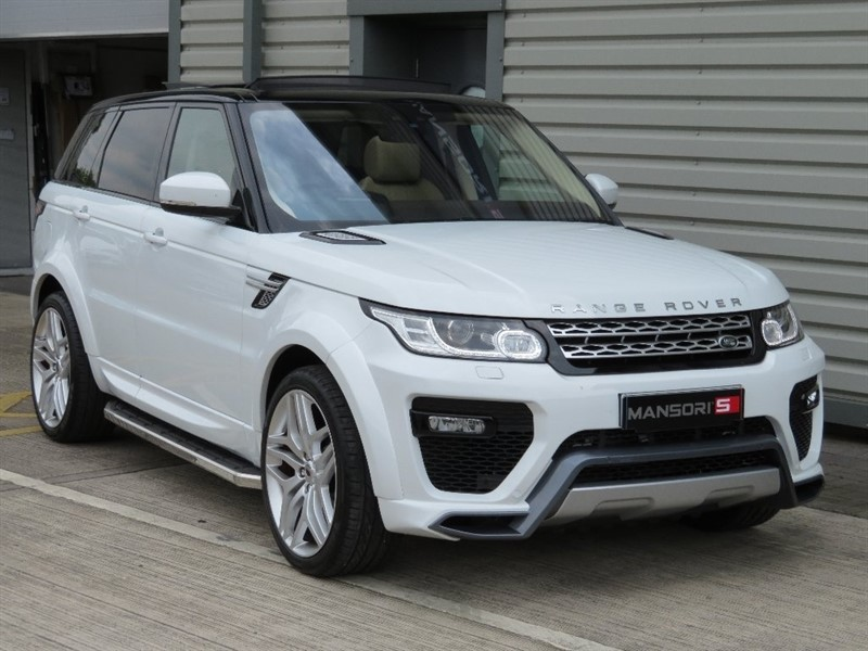 used Land Rover Range Rover Sport SD4 HSE Station Wagon CommandShift 2 4x4 5dr (start/stop) in cheshire